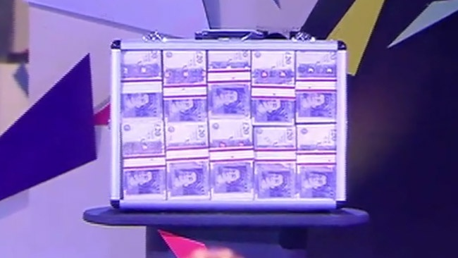 Big Brother 2016 - Housemates get chance to steal £20,000 from jackpot if they evict someone in Annihilation week