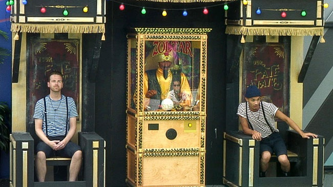 Big Brother 2016 twisted carnival task - Zoltar tells Andy and Jackson's fortunes