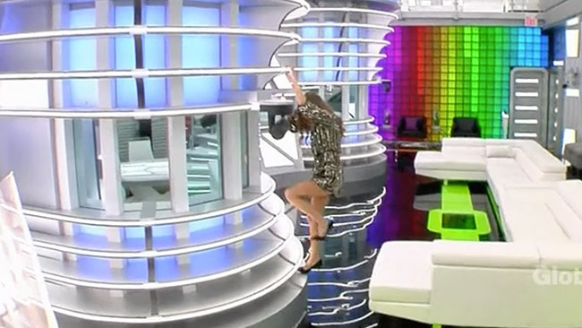 Big Brother Canada 5 2017 - Nikki Grahame returns to host the BBCAN5 Awards
