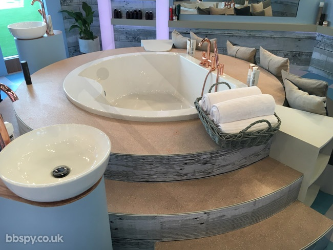 Celebrity Big Brother summer 2017 - bbspy exclusive launch night house tour: Bathroom