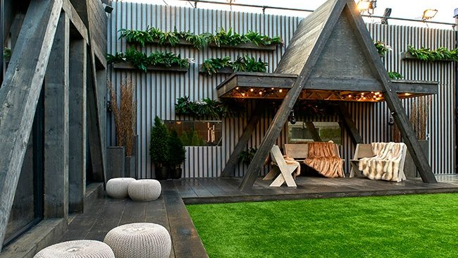 Celebrity Big Brother 2018 House Pictures   Garden