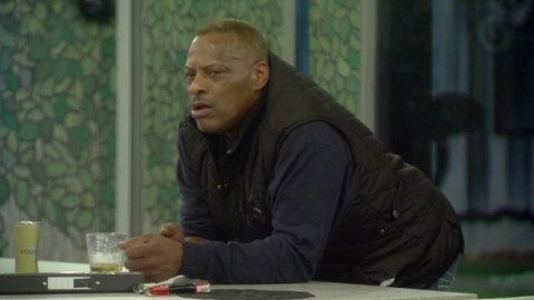 Celebrity Big Brother 2015: Alexander O'Neal discusses racial slurs with Ken Morley