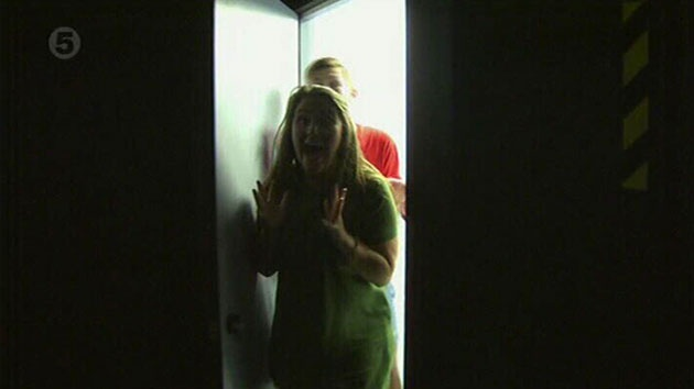Big Brother 2015: Timebomb - Housemates break in to the camera runs