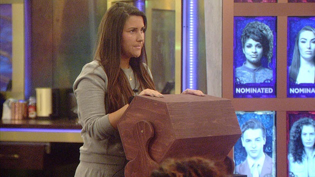 Big Brother 2015: Cash Bomb - Chloe Wilburn plays win, choose or lose tombola